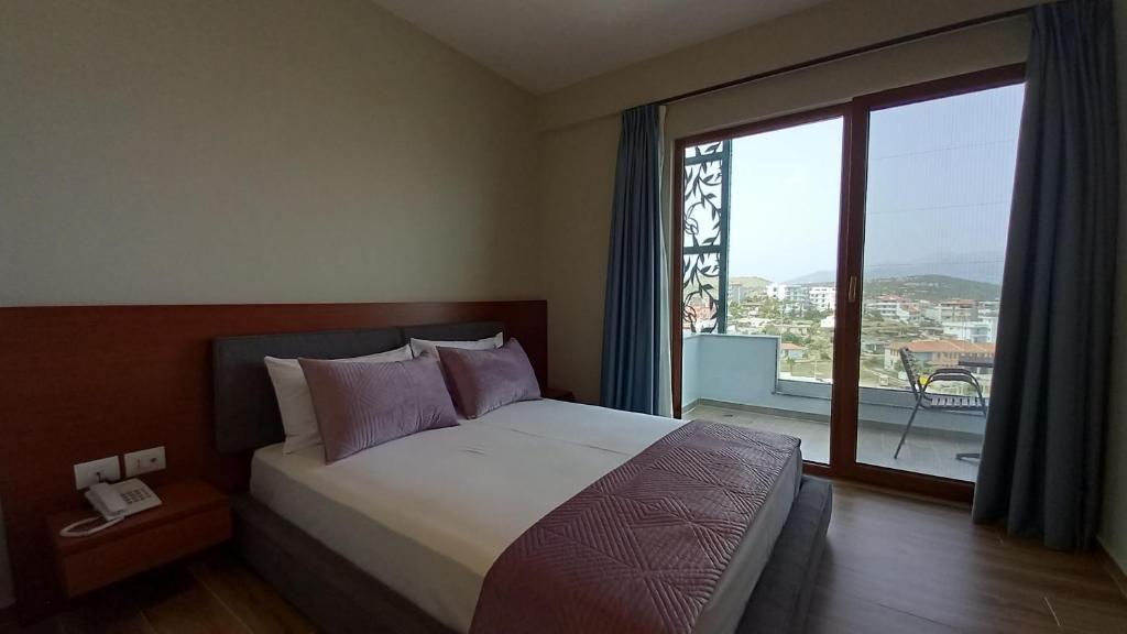 Double Room with Balcony hotel ksamil