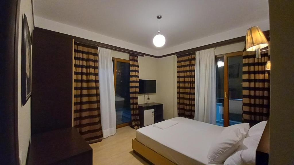 hotel ksamil Double Room with Sea View