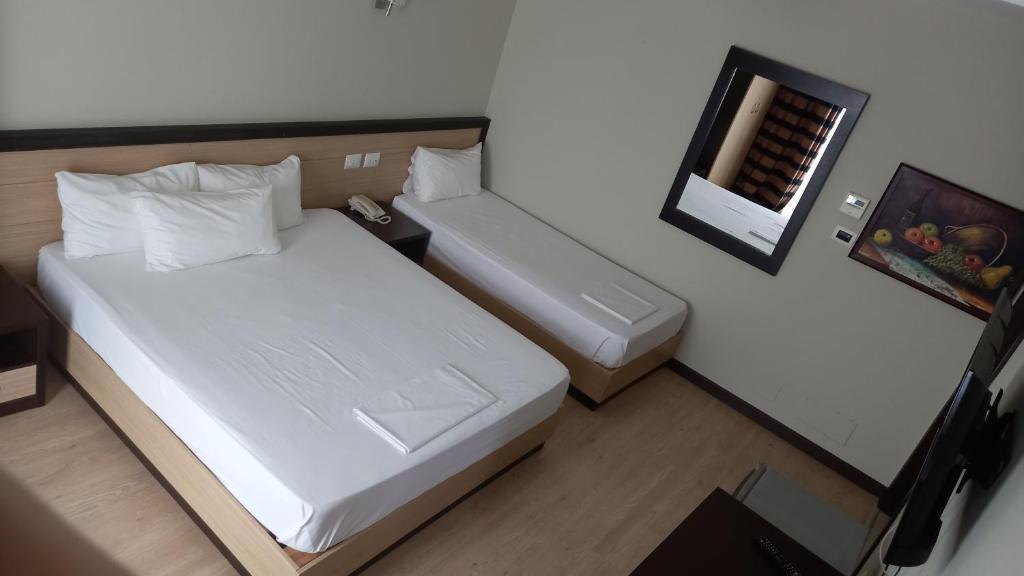 6 Milje hotel Ksamil